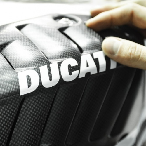 Ducati-Panigale-R