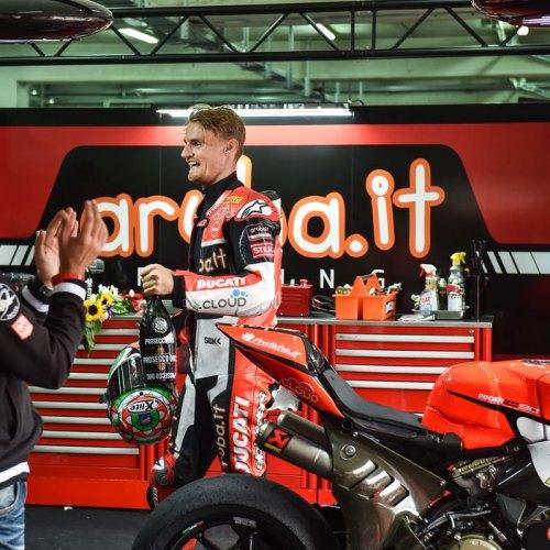 1334_R05_Ducati_finish