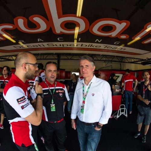 0194_P08_Ducati_box