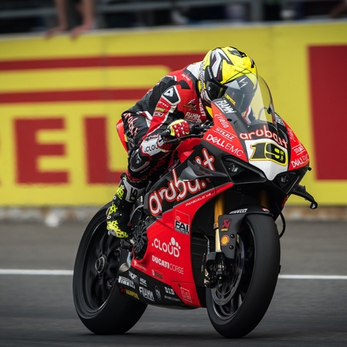 Álvaro Bautista (Aruba.it Racing - Ducati #19)