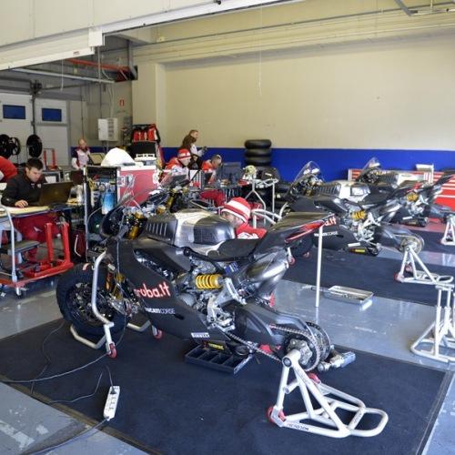 0166_T03_Ducati_box